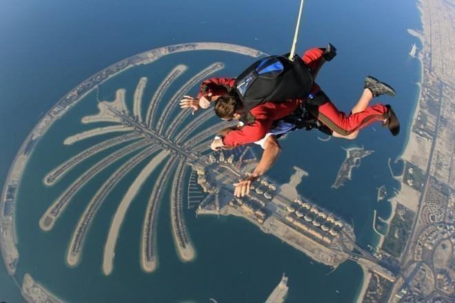 skydiving dubai 2