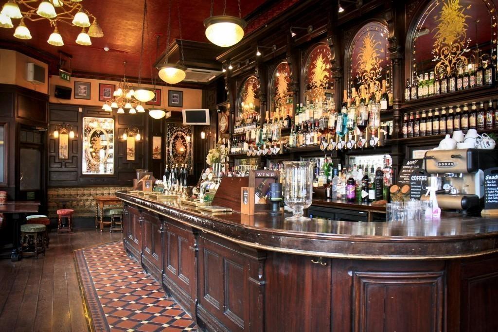 London West End Pub Tour