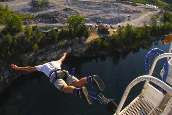 pennsylvania bungee jumping 02