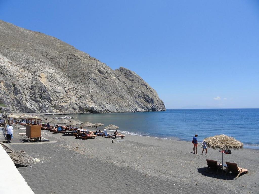 Perissa Beach – Relaxing On The Beach