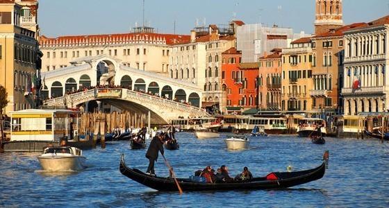 Boat Rides In Venice