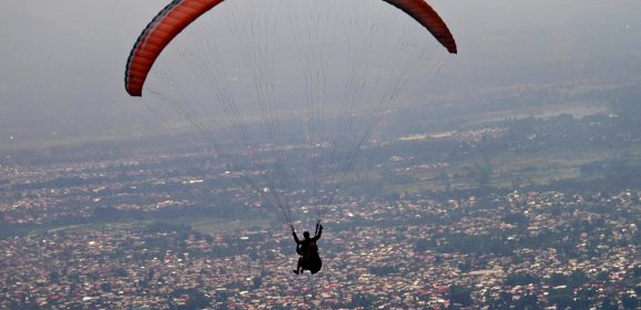Paragliding in India – Where to Go