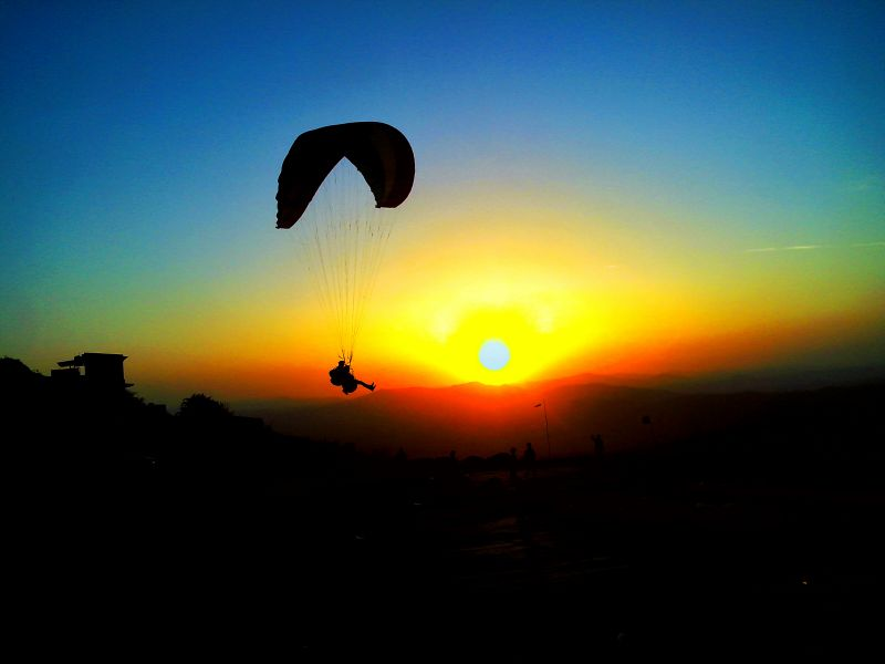 Paragliding In Gujarat, India