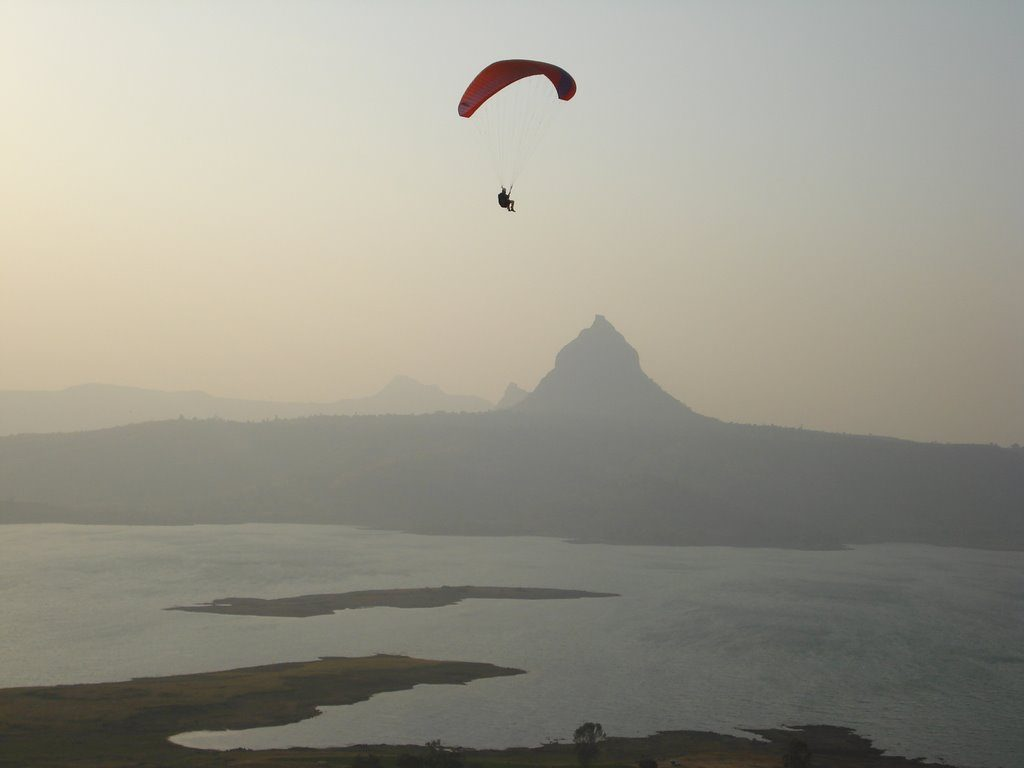 Paragliding In Maharashtra, India