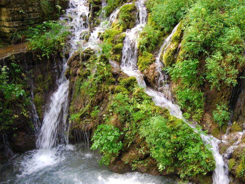 Waterfall Varone Cave Park
