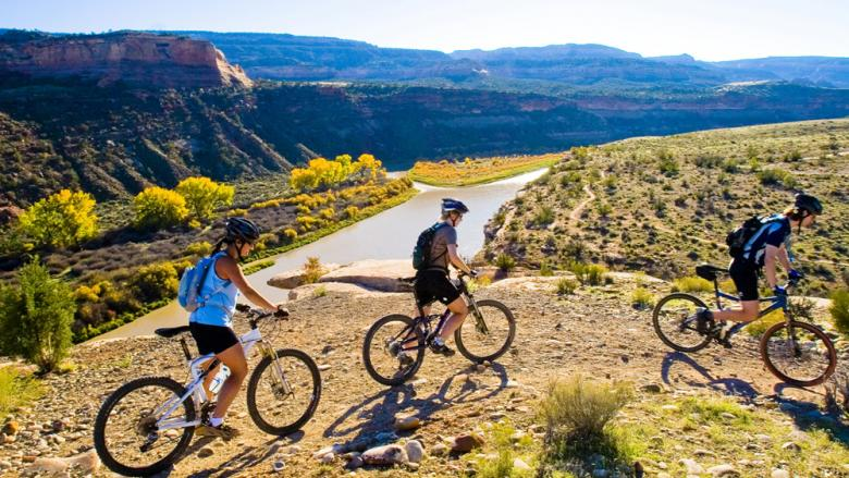 mountain-biking-in-colorado-usa