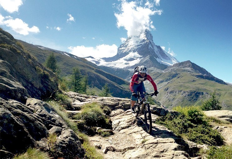 mountain-biking-in-the-alps-france